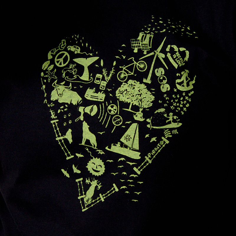 T-shirt Green heart -- I love you green.