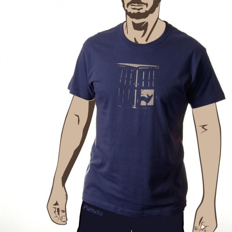 T-shirt Watching you -- Every single step